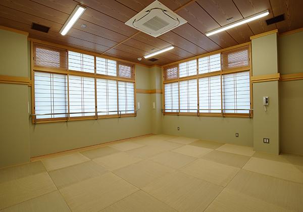 体験学習室Cは和室のお部屋となっており、畳が敷き詰められています。